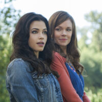 Ingrid And Freya Witches Of East End Wiki Fandom