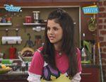 Alex in the kitchen 1x15
