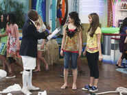 Bailey, mosbey and alex Cast Away (To Another Show)