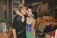 Selena and dylan cast away to another show behind the scenes