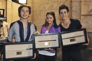 4x27 selena, jake and david with the wands 2