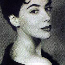 Lily Renée