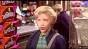 Willy_Wonka_And_The_Chocolate_Factory_-_Charlie_Finds_A_Golden_Ticket_(1971)