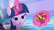 Twilight Sparkle Attempts a Rubik's Cube