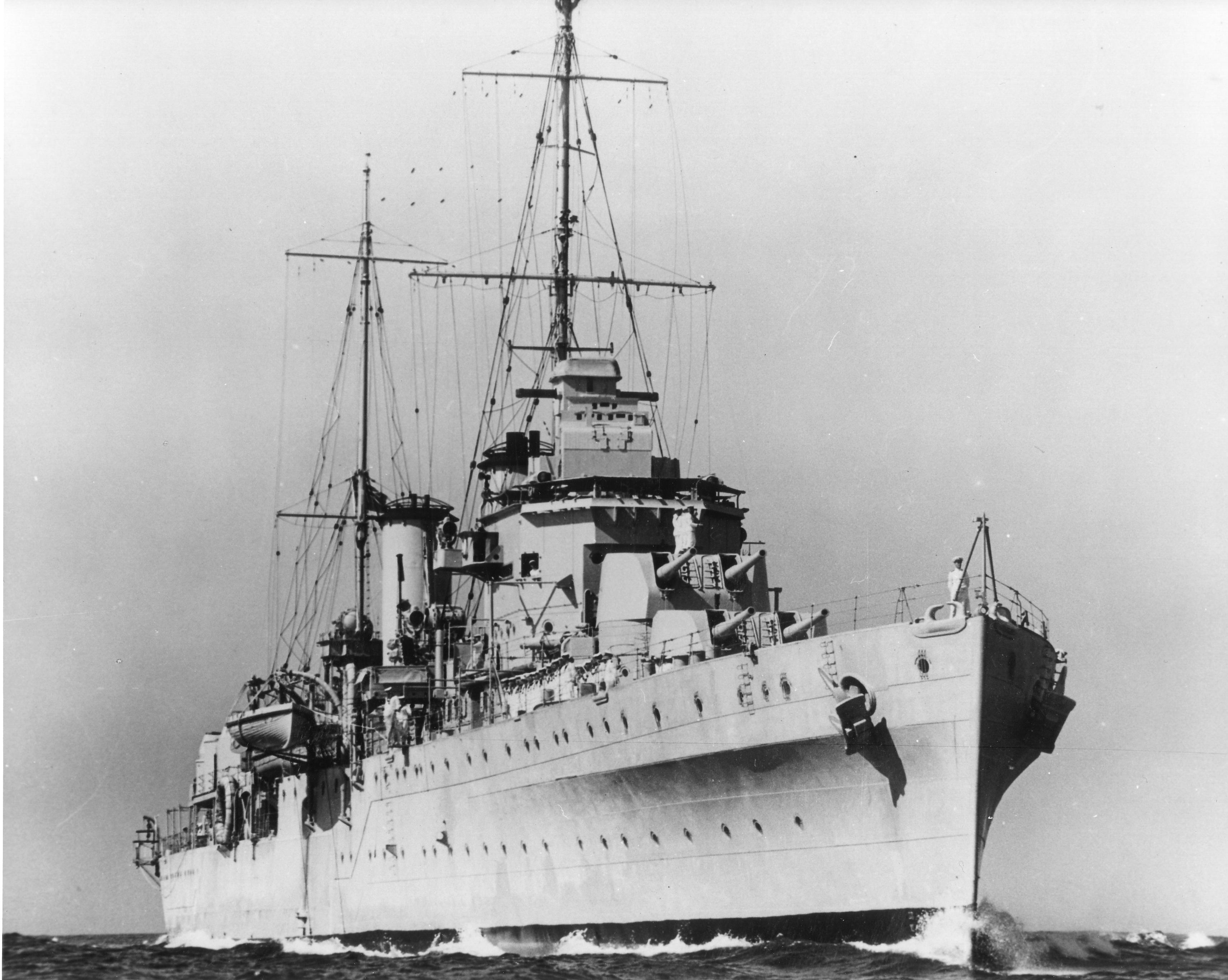 HMAS Perth (D29)
