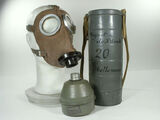 L-702 Gas Mask
