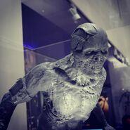 Lurker statue