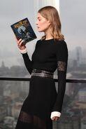 Rosamund Pike reading
