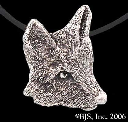 Silver Foxhead Medallion A Wheel Of Time Wiki Fandom