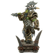 Blizzard Collectibles Warchief Thrall 2020-2.jpg