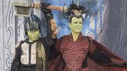 EXCLUSIVE Jamie Lee Curtis Shows Up to 'Warcraft' Premiere in Full Cosplay -- The Cast Reacts!