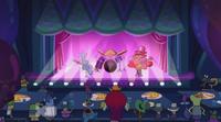 S2e3b Animatronics singing.png