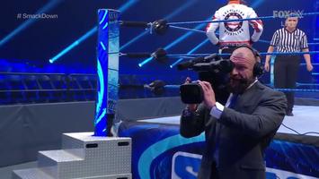 Triple H Multitasking
