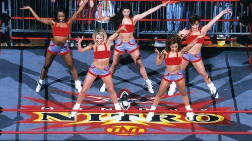 Nitro-girls.jpg