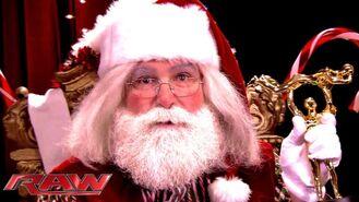 Mick Foley Santa