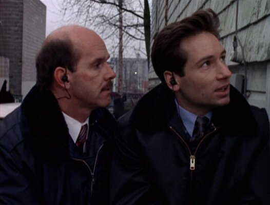Agent Bruskin with Fox Mulder.jpg