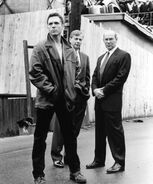 X-files-s4-skinner-krycek-spenderpromo3