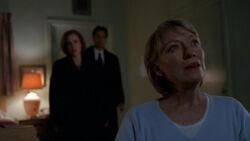Scully Mulder Cassandra Spender Hôpital Patient X 1re partie.jpg
