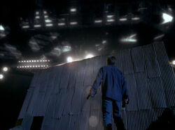Mulder Vaisseau extraterrestre Mine Strughold Opération presse-papiers.jpg