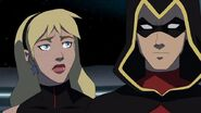 Young.justice.s03e01 0458