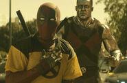 Deadpool (Yellow X Shirt) & Colossus