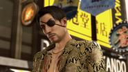 YK2 Majima returns to Sotenbori