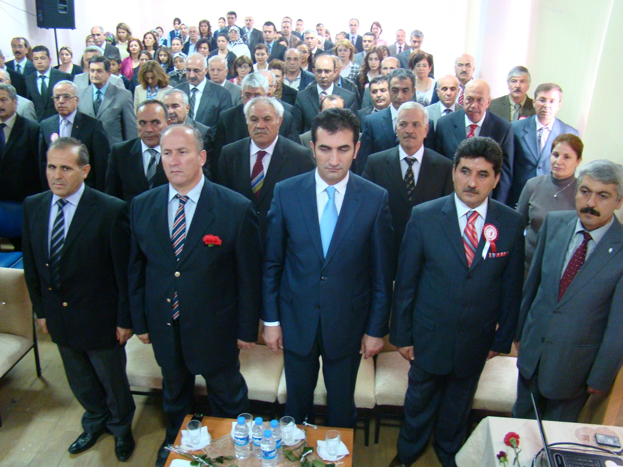 Yenişehir'de 24 Kasım Öğretmenler Günü Kutlandı