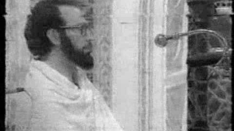 Sheikh_Mahmood_Khalil_Al-Husary_In_Arafaat_Hajj