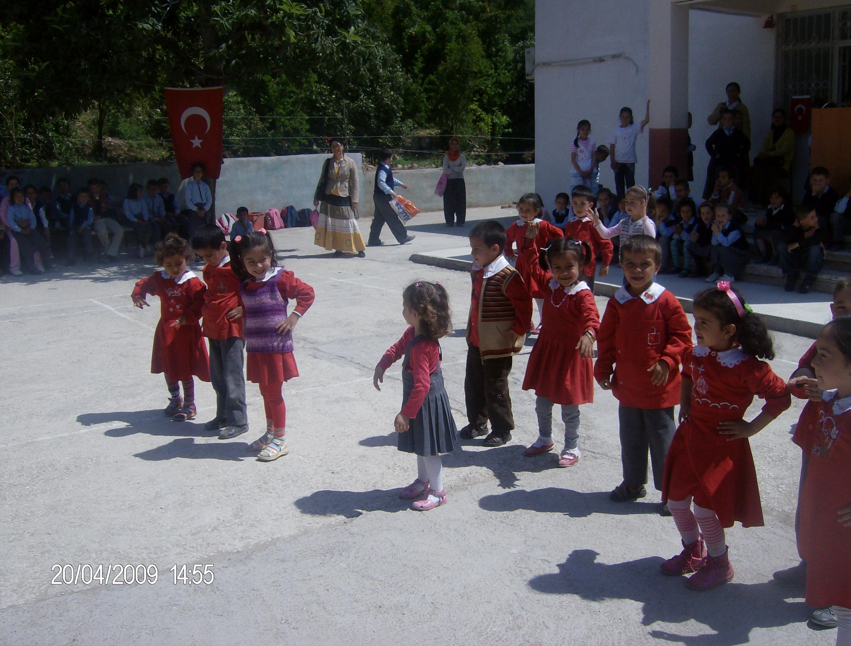 Karahacılı İlköğretim Okulu Yıllara Göre Sosyal Faaliyetler