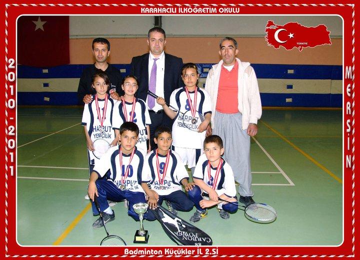 Karahacılı İlköğretimde badminton