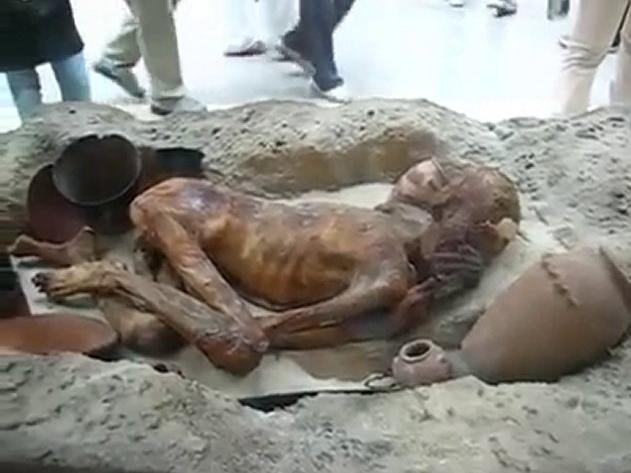 Mısır_Firavun'u_II._Ramses'in_3000_Yıllık_Cesedi