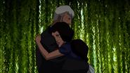 Zatanna and Zatara hug