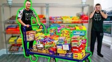 GIANT_CANDY_STORE_IN_MY_HOUSE!