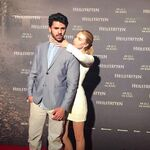 Davis Schulz Freundin Kinofilm Premiere Heilstätten2.jpg
