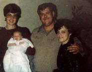Grandpa&Tina1982V3