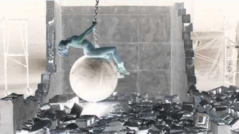 Miley_Cyrus_-_Wrecking_Ball_G-Major