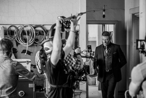 304 behind the scenes.jpg