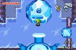 L'élément eau gelé dans un bloc de glace