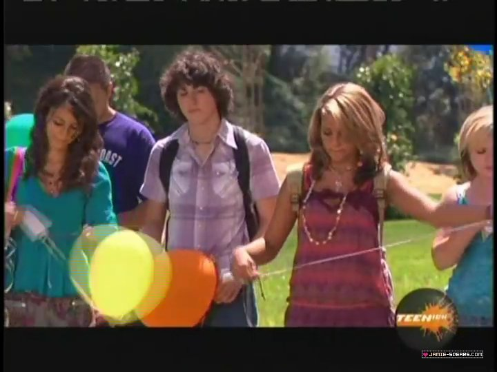 Zoey's Balloon/Gallery